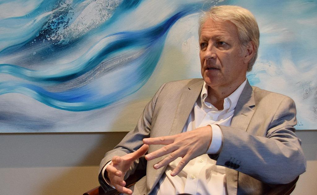 Dr Dan Roodt anser att nationalistiska krafter inom Europa måste enas. Foto: Nya Tider