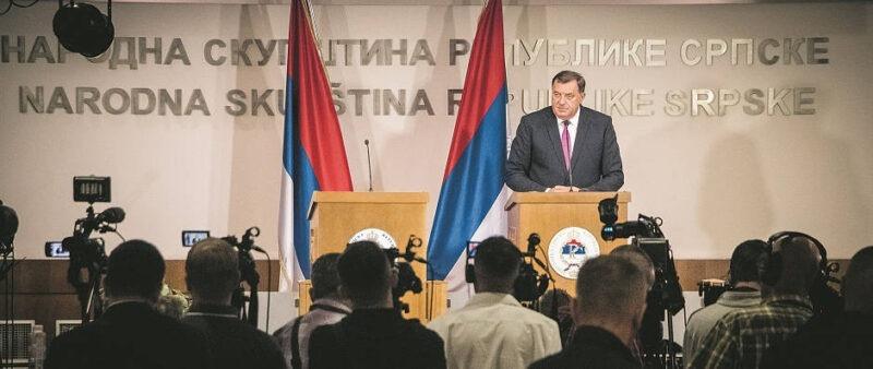 dodik-press-conferens-at-rs-parlament-after-referendum_940x397_tn